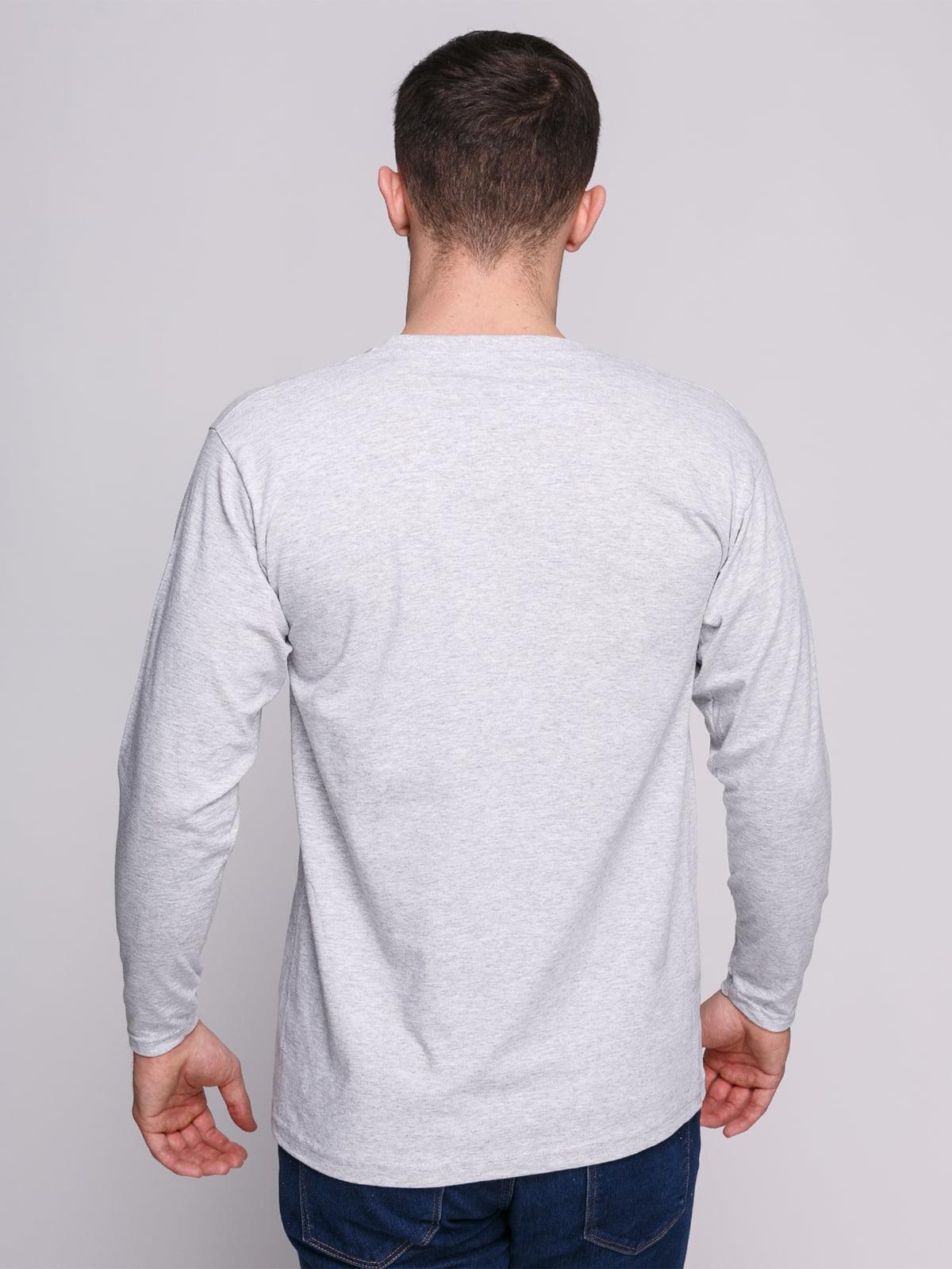 Лонгслив серый меланжевый с принтом | 4823712 | фото 2