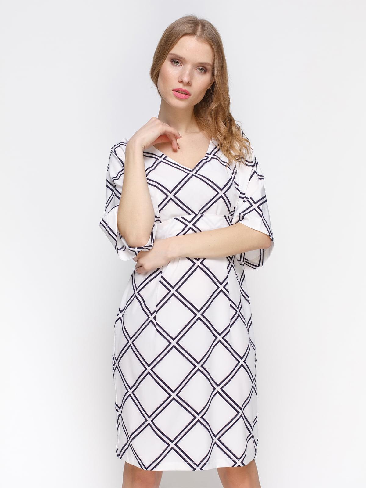 Сукня біла з геометричним візерунком | 3155107