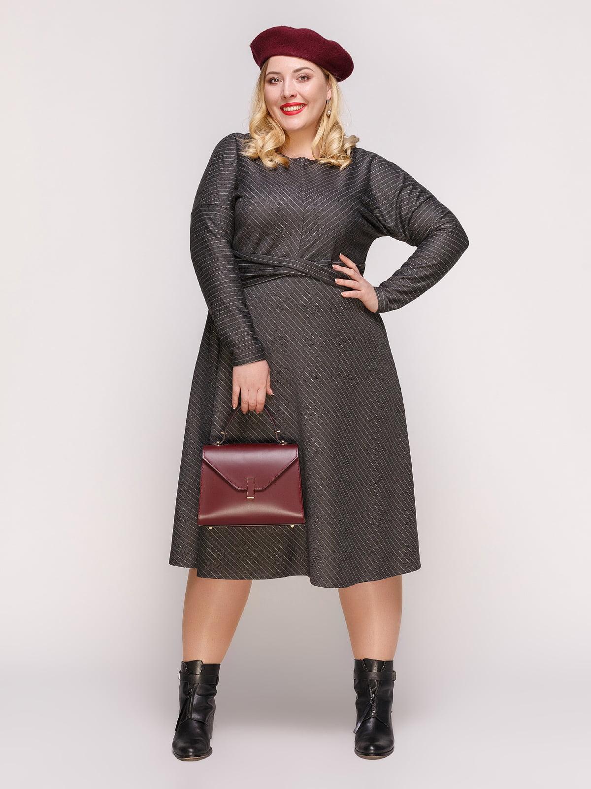 Платье темно-серое в полоску | 4861359