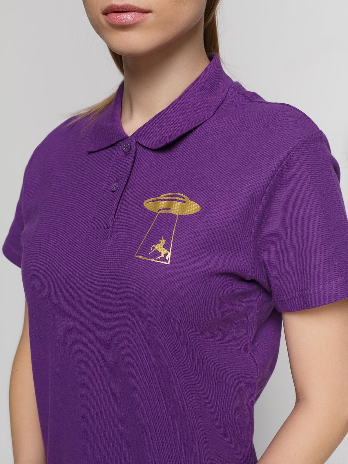 Футболка-поло фиолетовая с принтом | 4861806 | фото 3