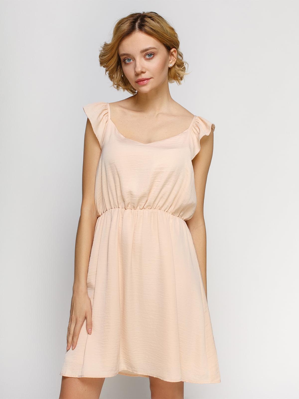 Платье светло-персикового цвета | 4546018