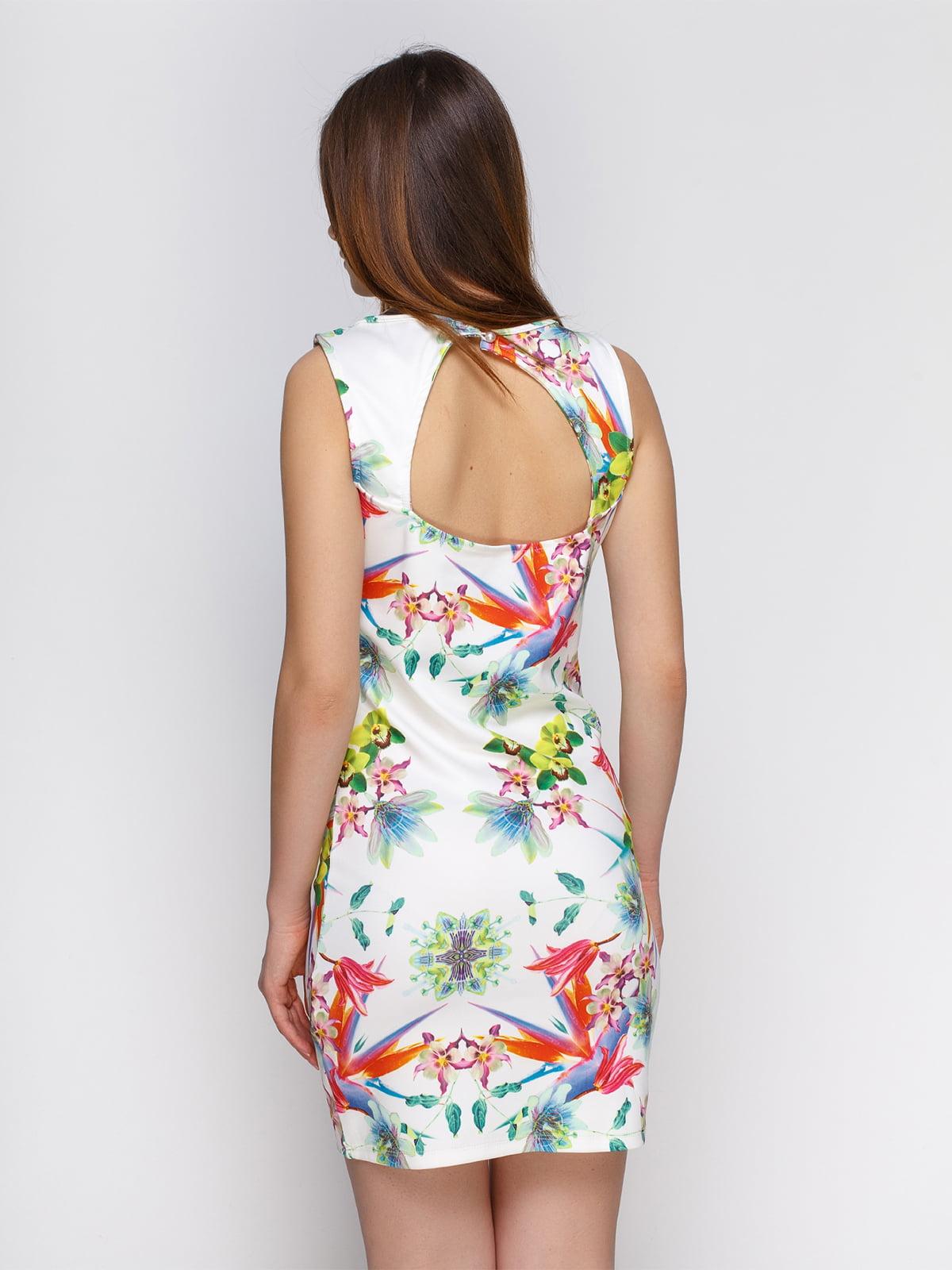 Платье белое с принтом | 4632621 | фото 2