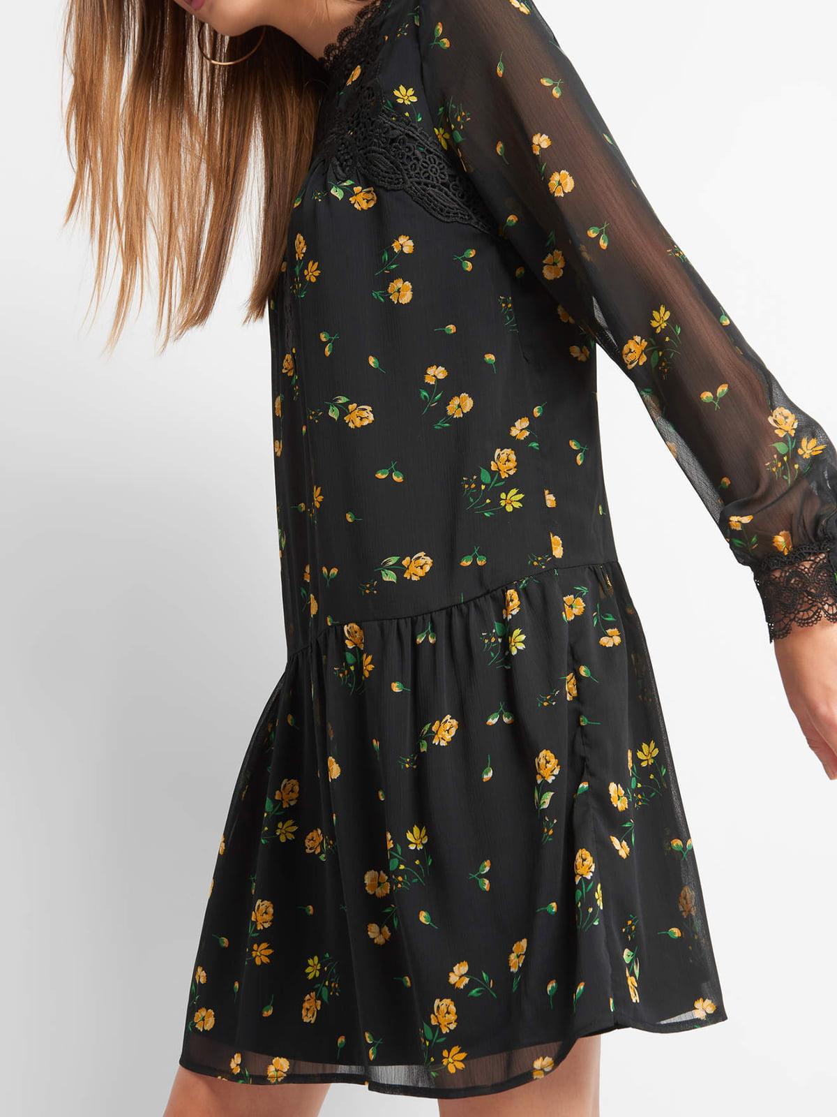 Платье в цветочный принт | 4870968