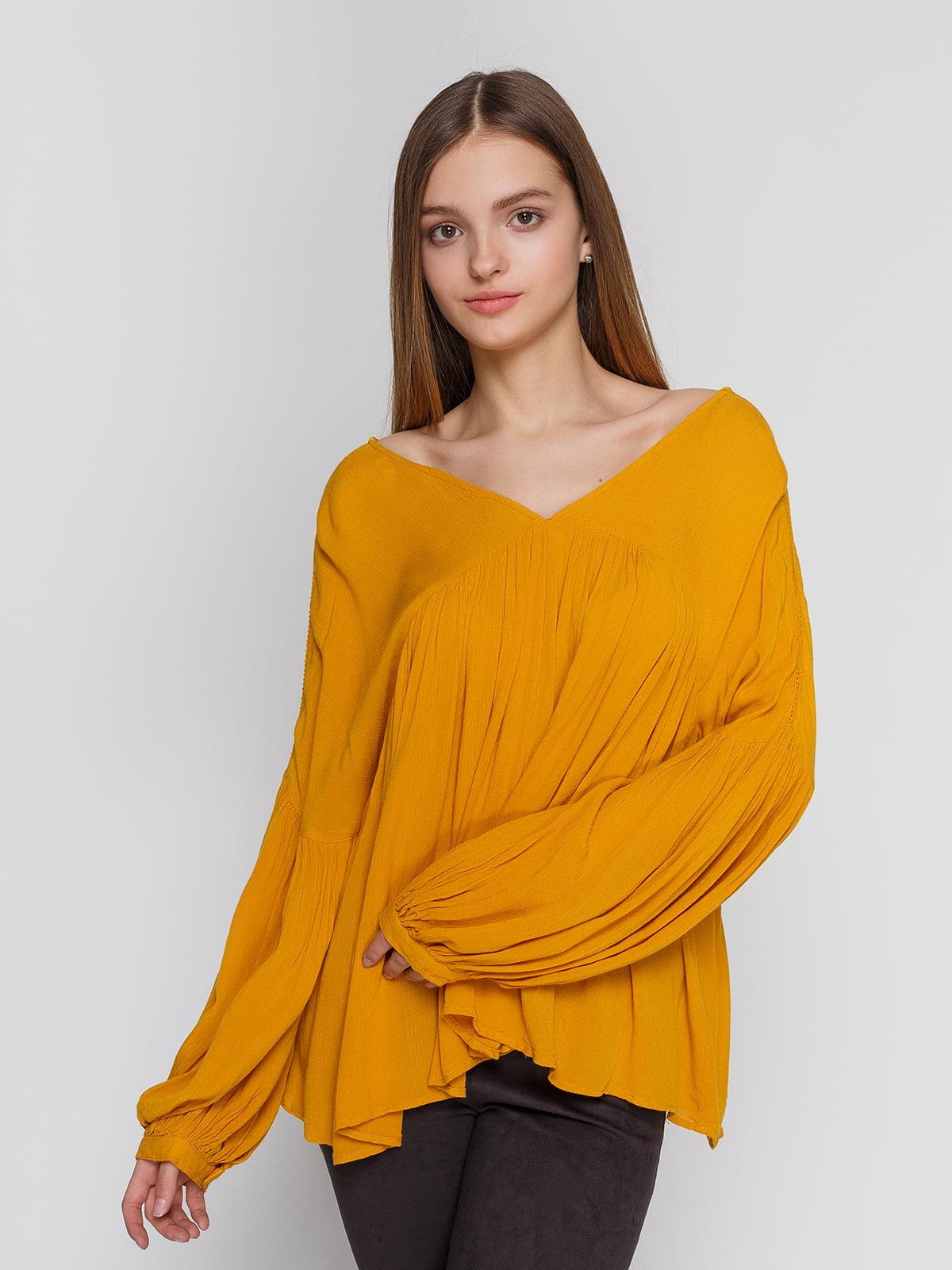 Блуза горчичного цвета   4628334