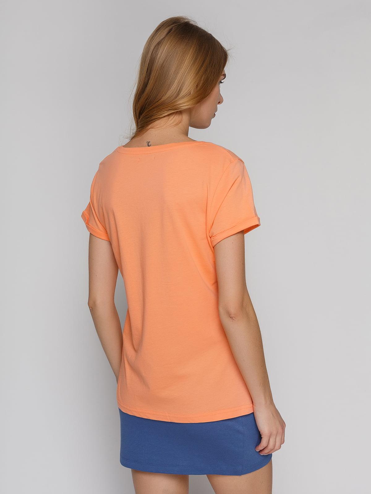 Футболка персикового кольору з принтом | 4855126 | фото 2
