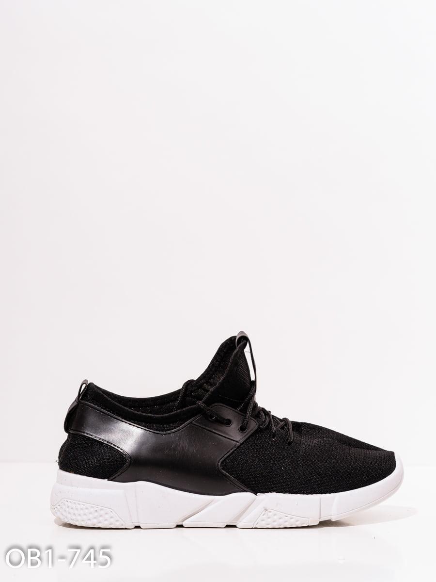 Кроссовки черные   4911840