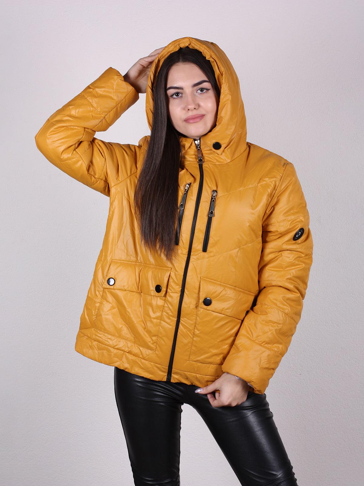 Куртка песочного цвета   4922496