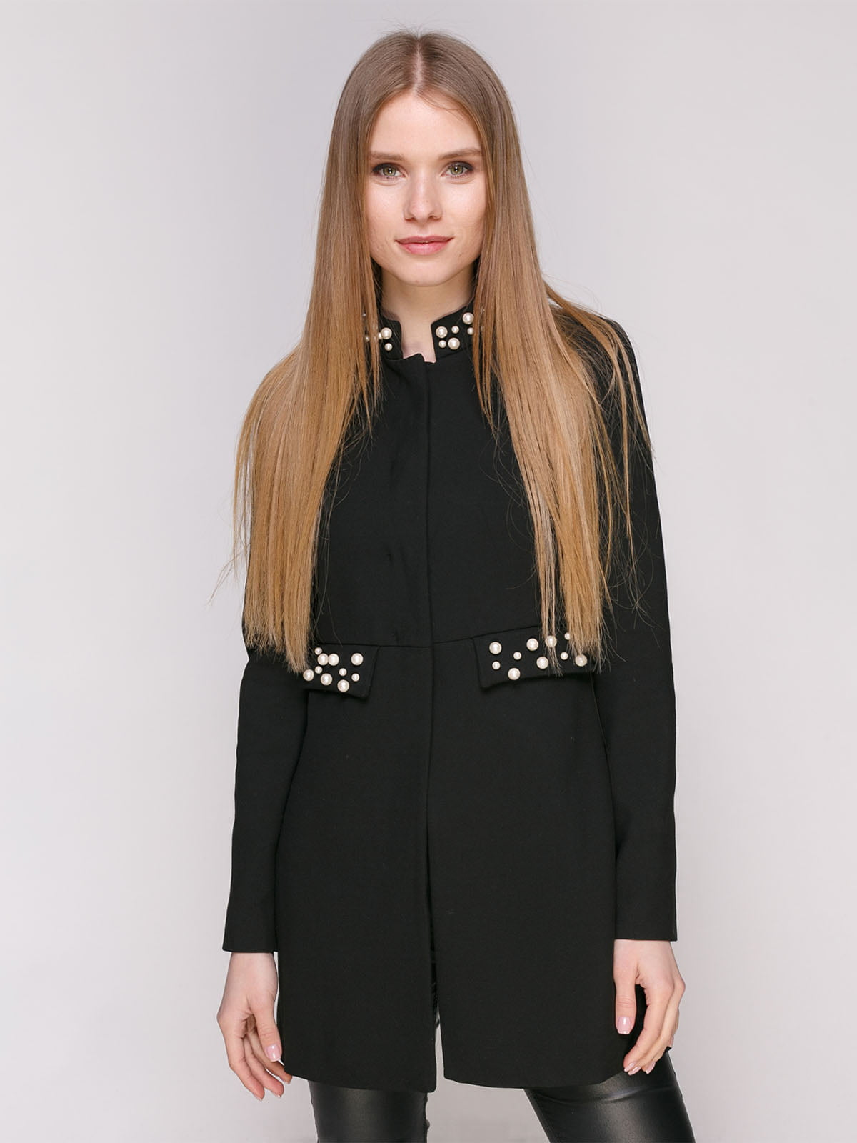 Пальто черное с декором   4877677