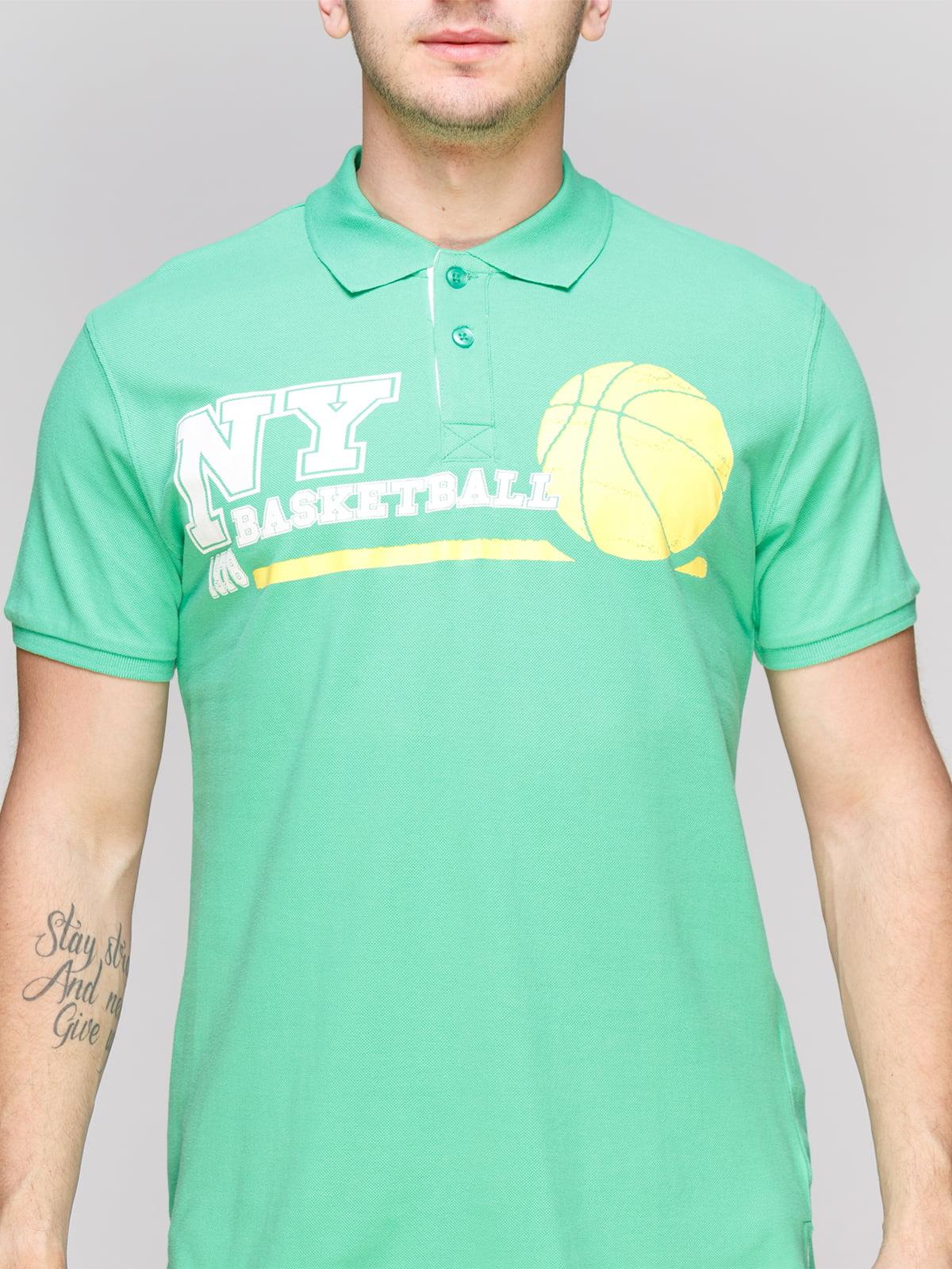 Футболка-поло светло-зеленая с принтом | 4854945 | фото 3