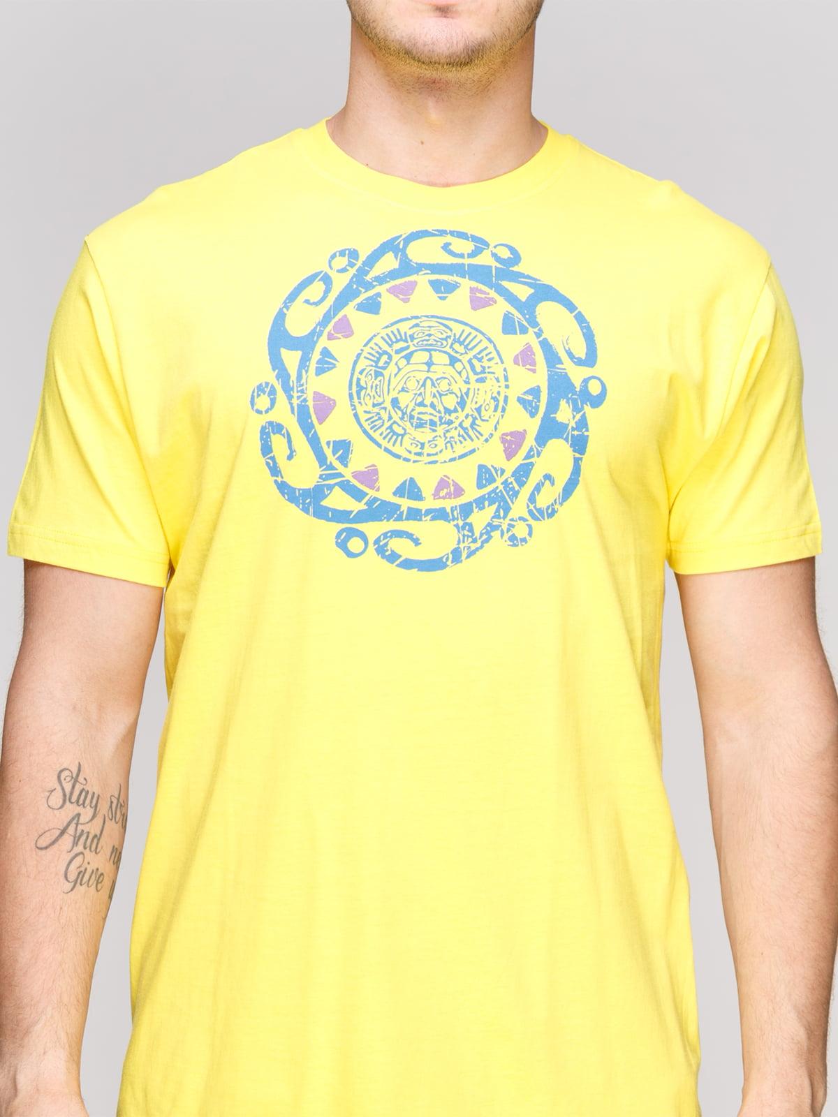Футболка жовта з принтом | 4854956 | фото 3
