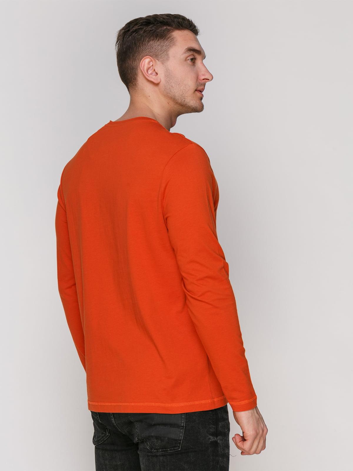 Лонгслив оранжевый с принтом | 4855025 | фото 2