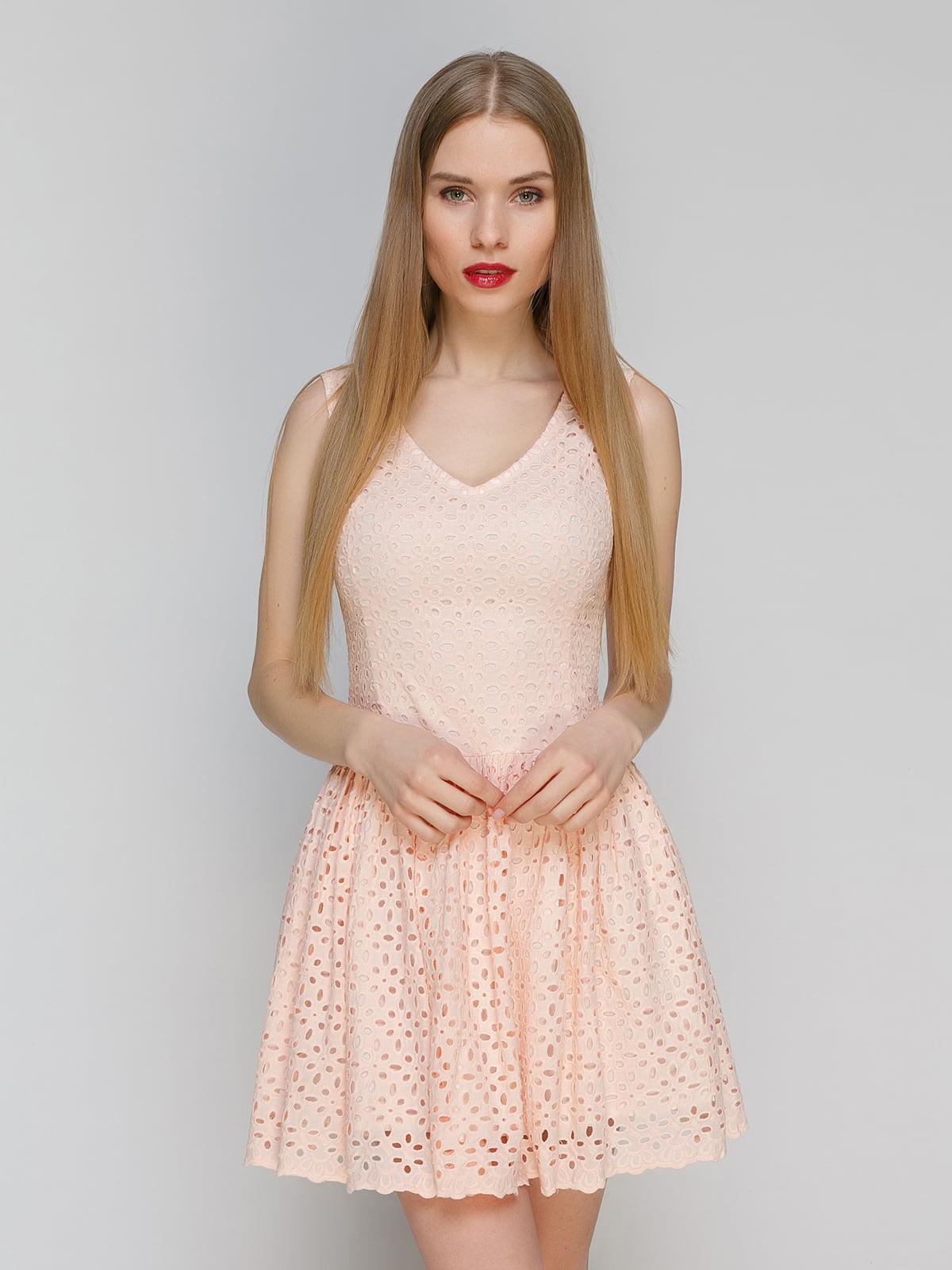 Сукня персикового кольору | 4917570