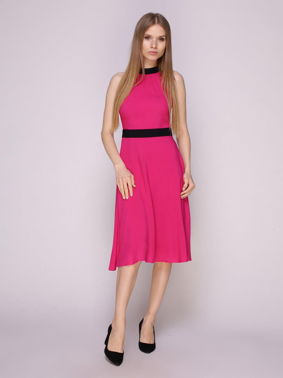 Платье цвета фуксии | 5029855