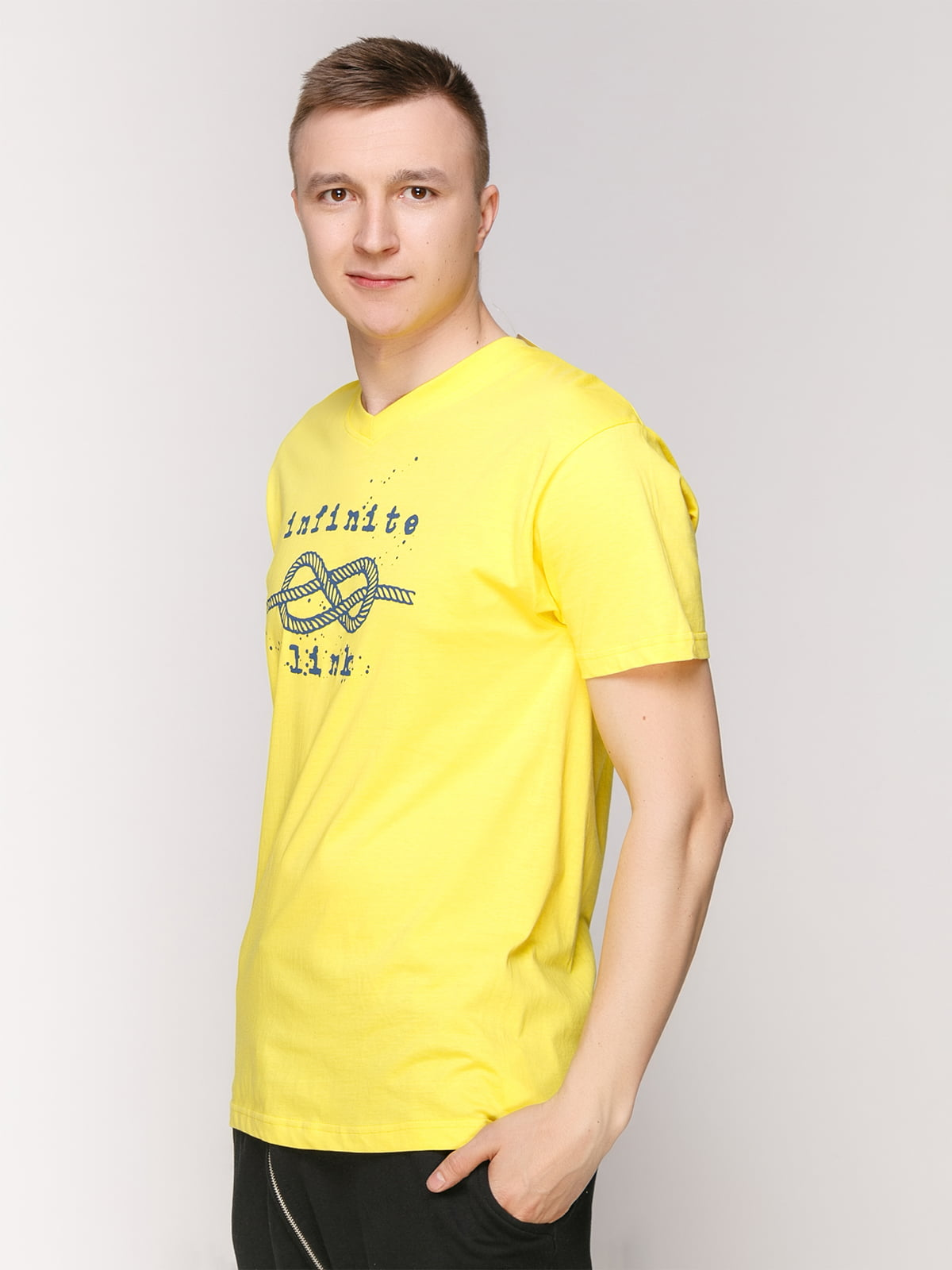 Футболка жовта з принтом | 4495526