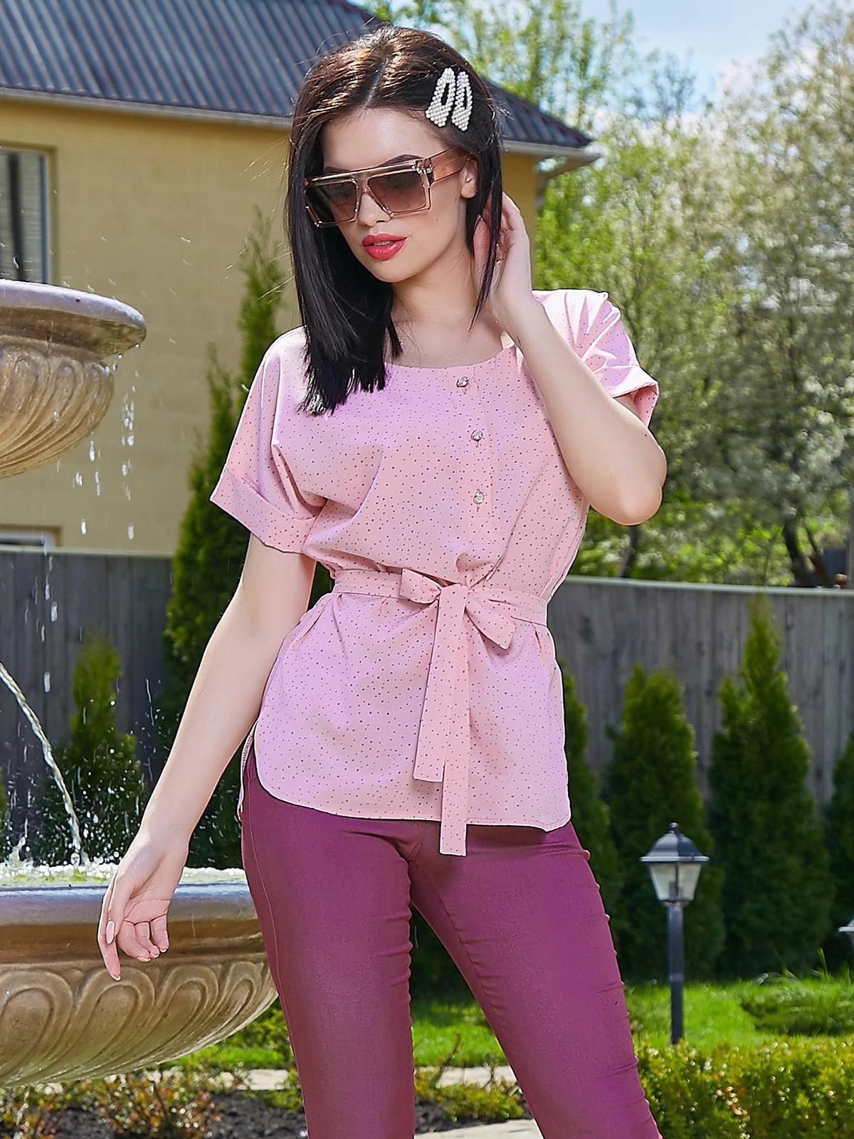 Блуза персикового цвета в принт   5091652