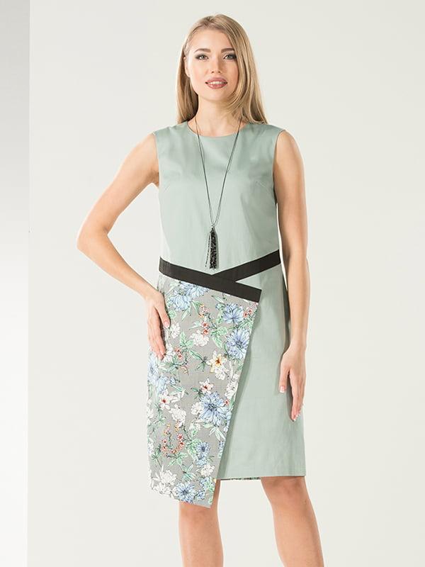 Платье серое в цветочный принт | 4973698