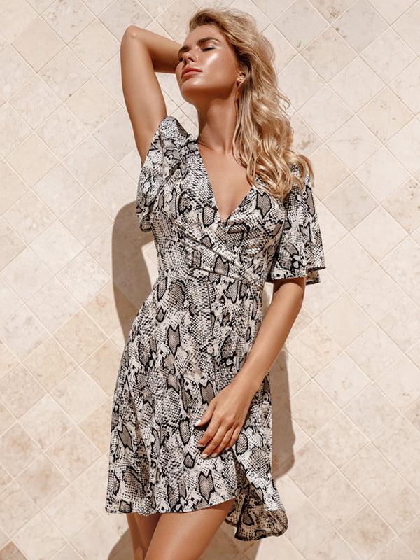 Платье анималистичной расцветки | 5116529