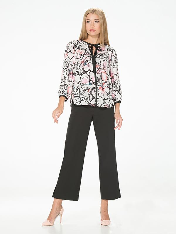 Блуза молочного цвета с цветочным принтом | 5115733