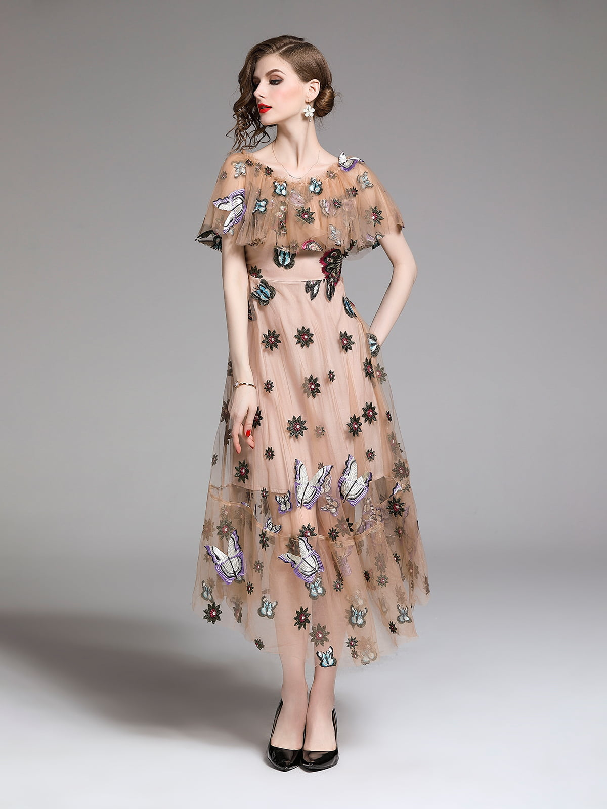Платье бежевое | 5209393