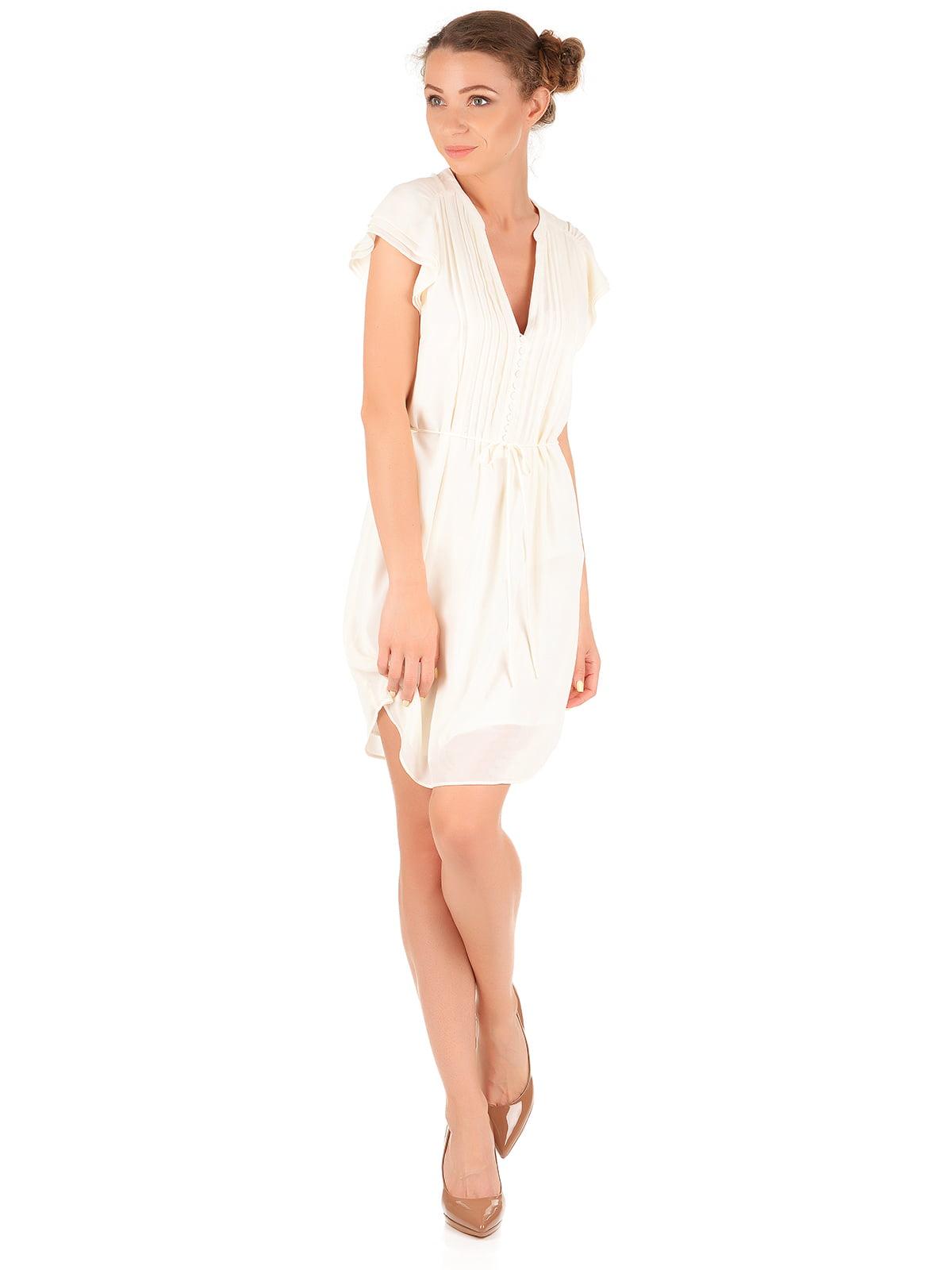Платье молочного цвета   5244274