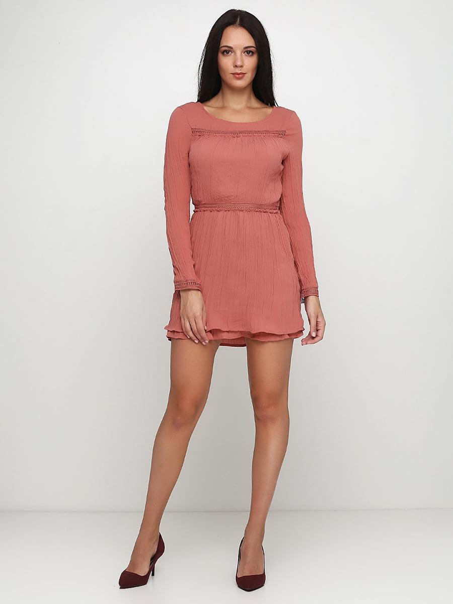 Сукня персикового кольору | 5272593