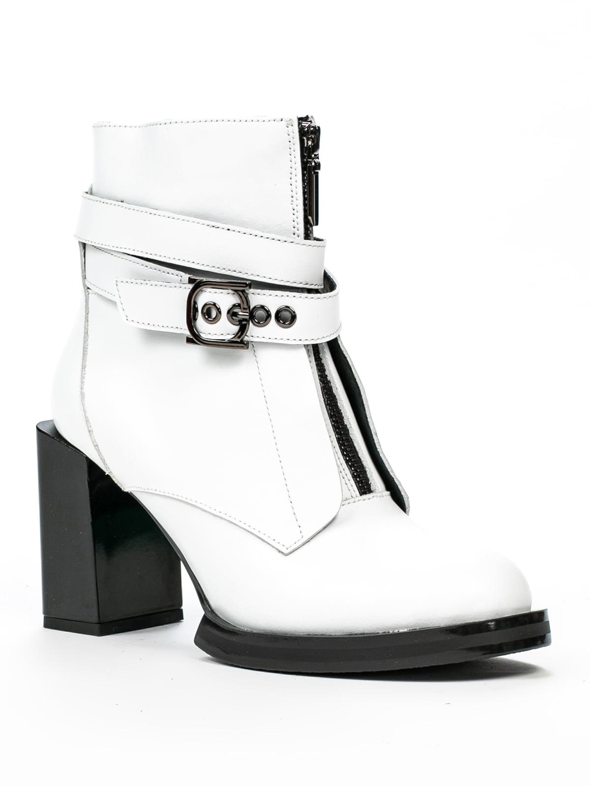 Черевики білі | 5262435
