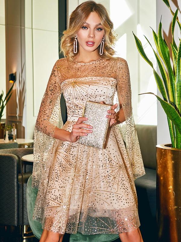 Платье бежевое   5281717