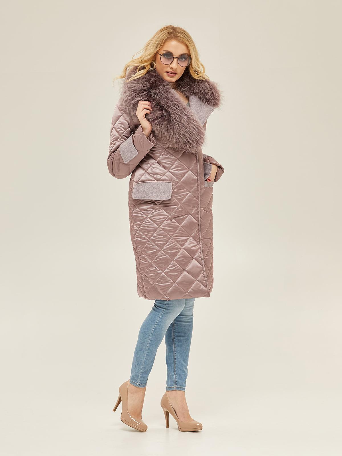 Пальто кольору фрезії   5296078