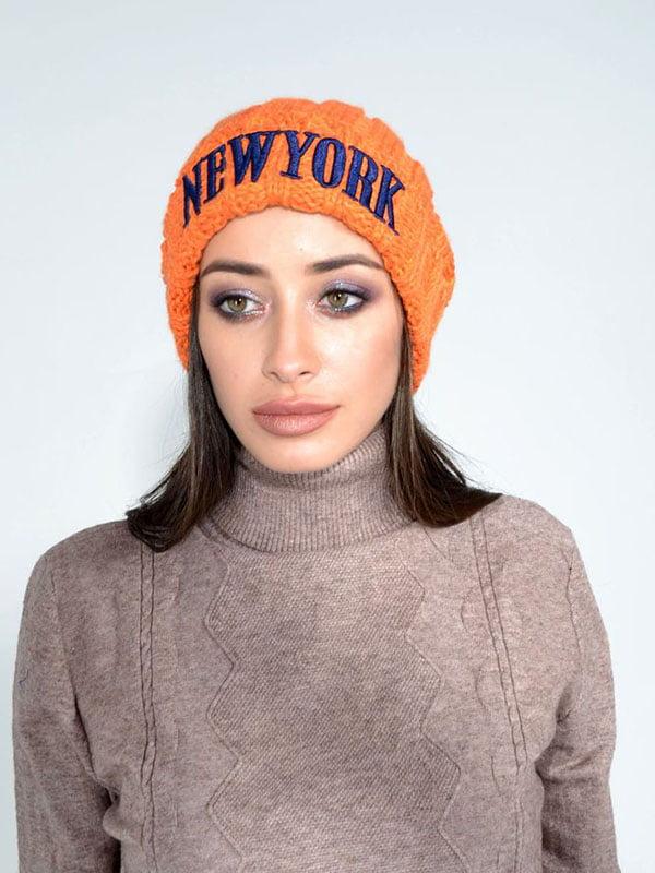 Шапка морквяного кольору з логотипом | 5299536