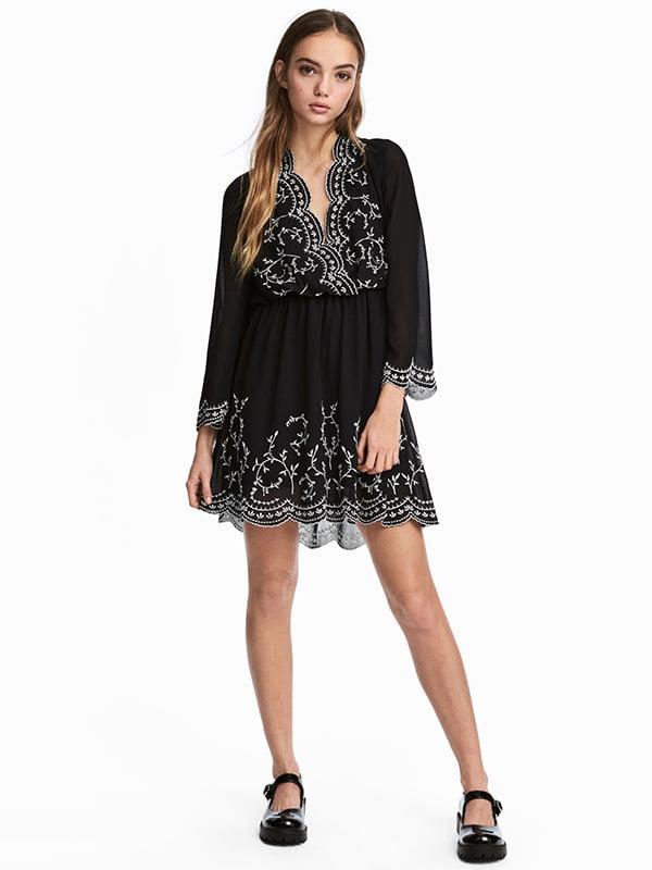 Платье черное с вышивкой | 5304695