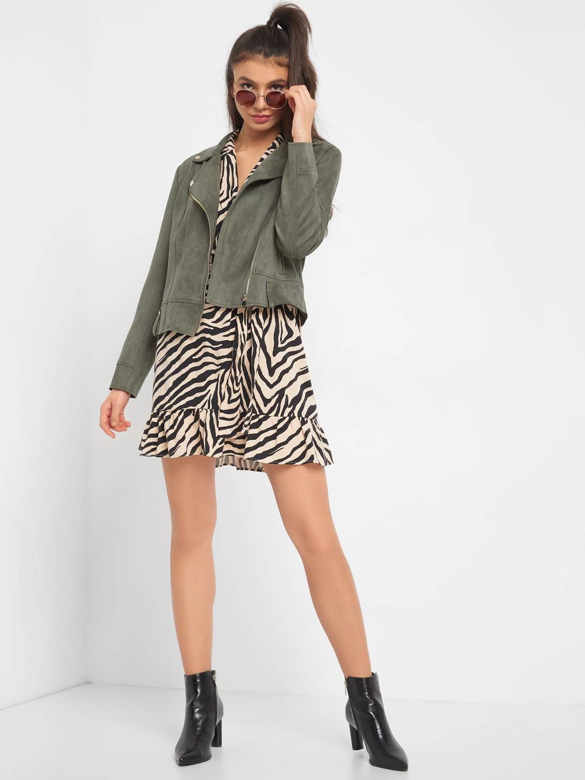 Куртка оливкового цвета   5318829