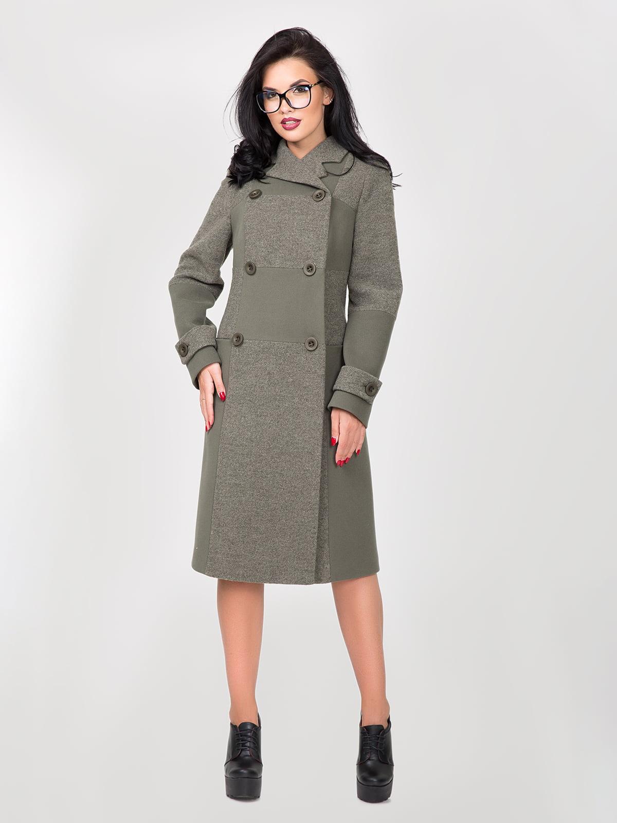 Пальто цвета зеленого чая   5348011