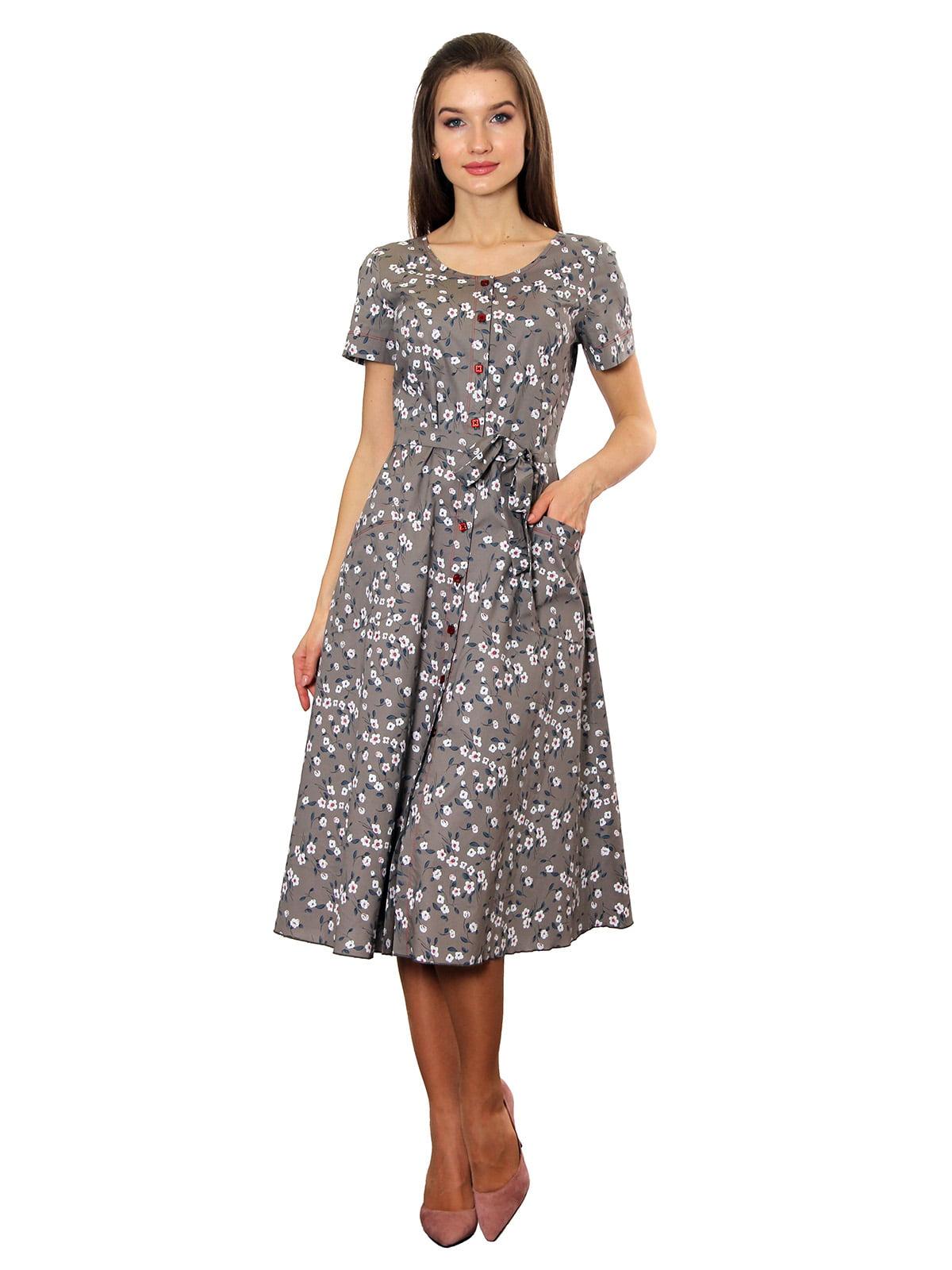 Платье цвета капучино в принт   5366443