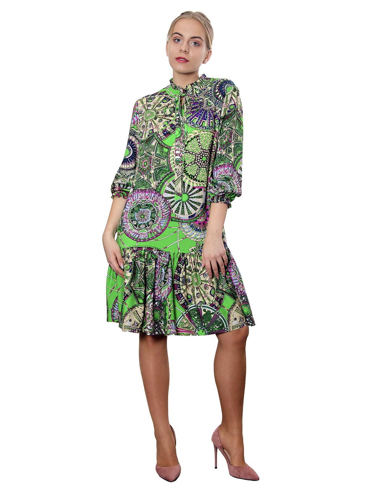 Платье зеленое в принт | 5379778