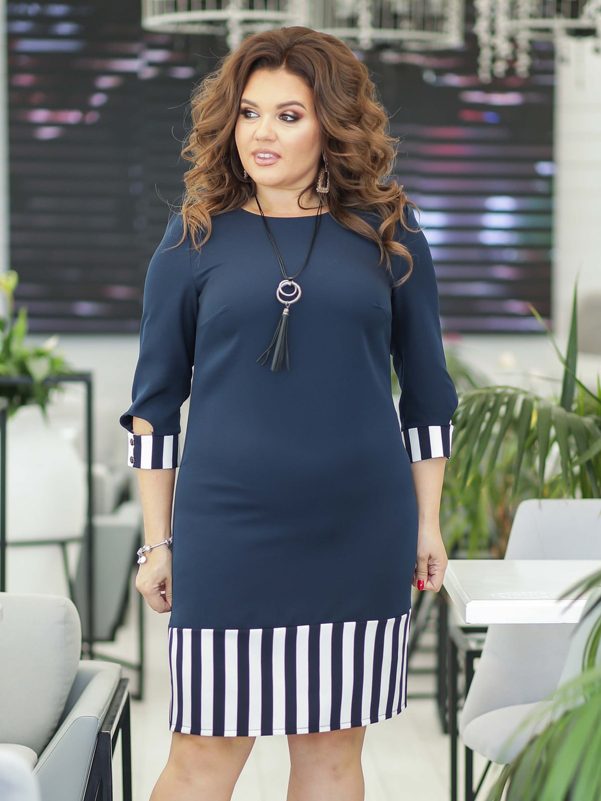 Платье темно-синее с полоской | 5401002