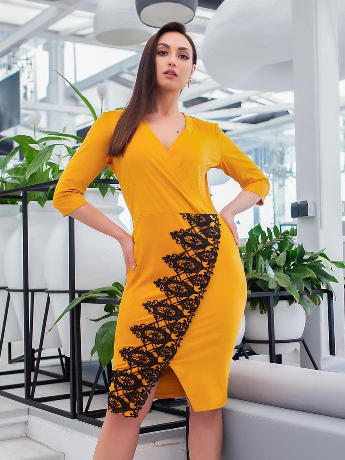 Сукня гірчичного кольору | 5379711