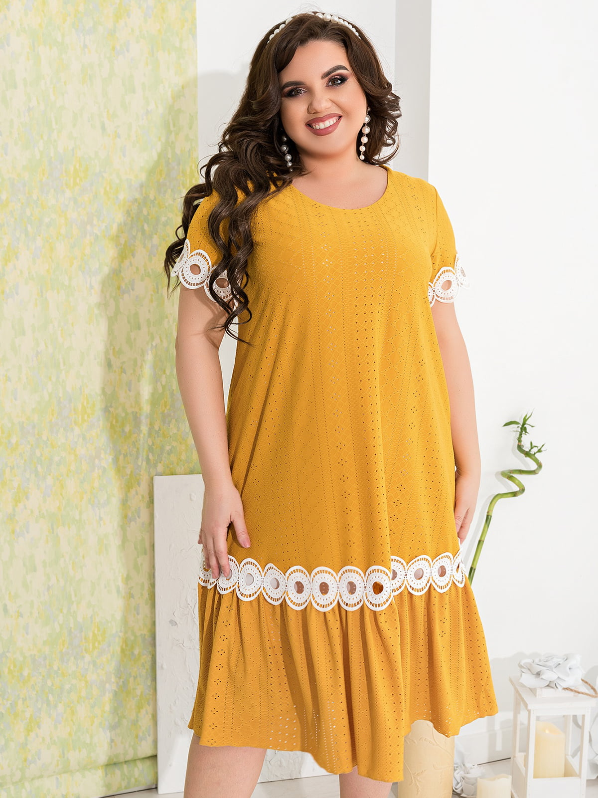 Сукня гірчичного кольору з декором | 5402879