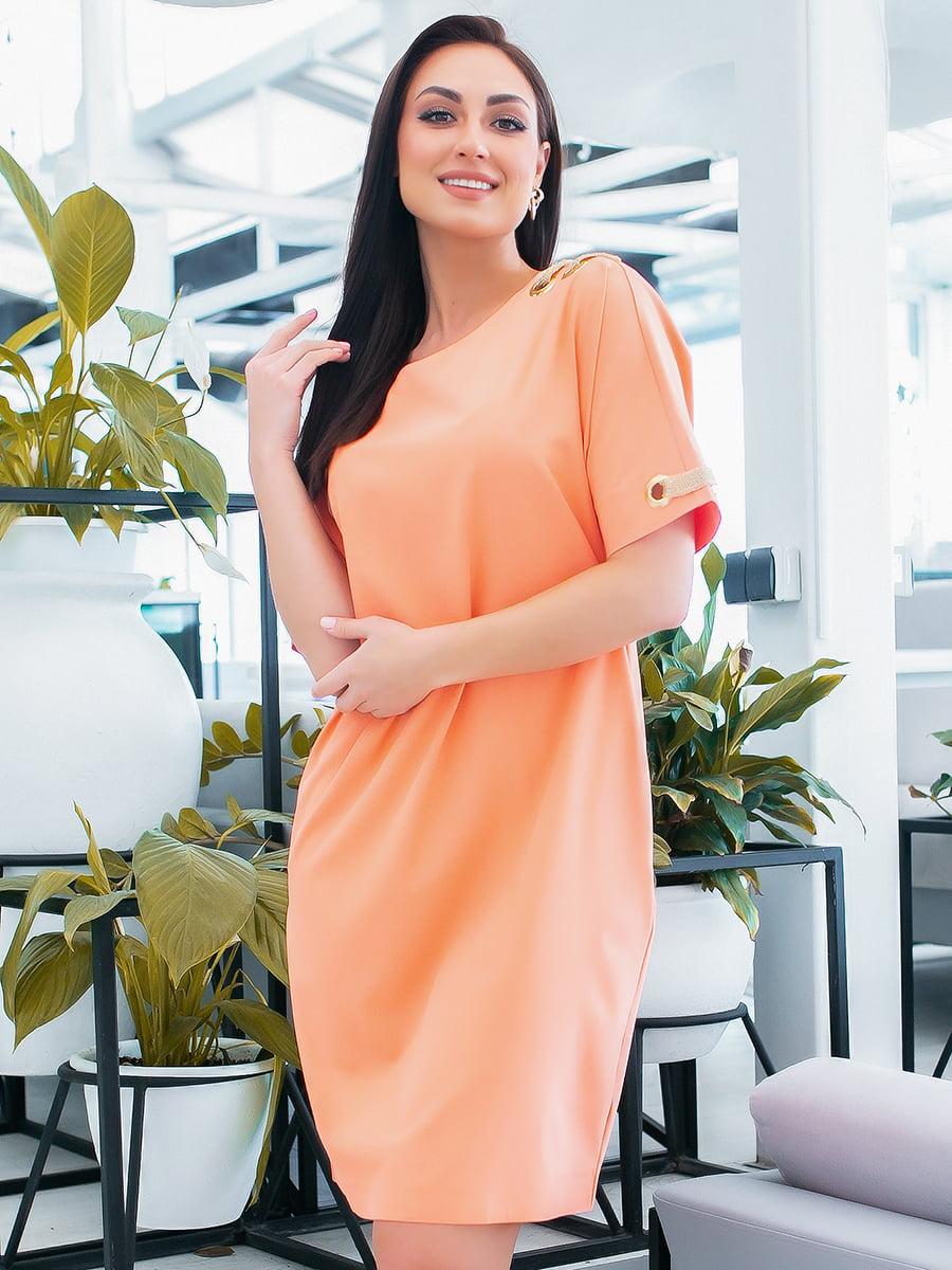 Платье персикового цвета   5423637