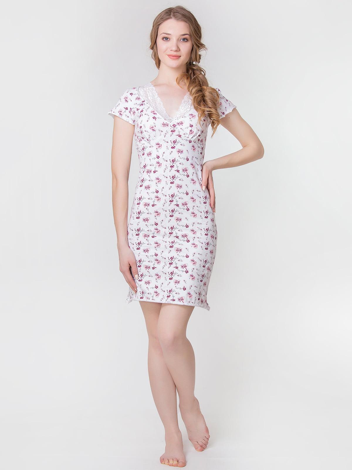 Рубашка бело-бордовая с цветочным принтом | 5440701