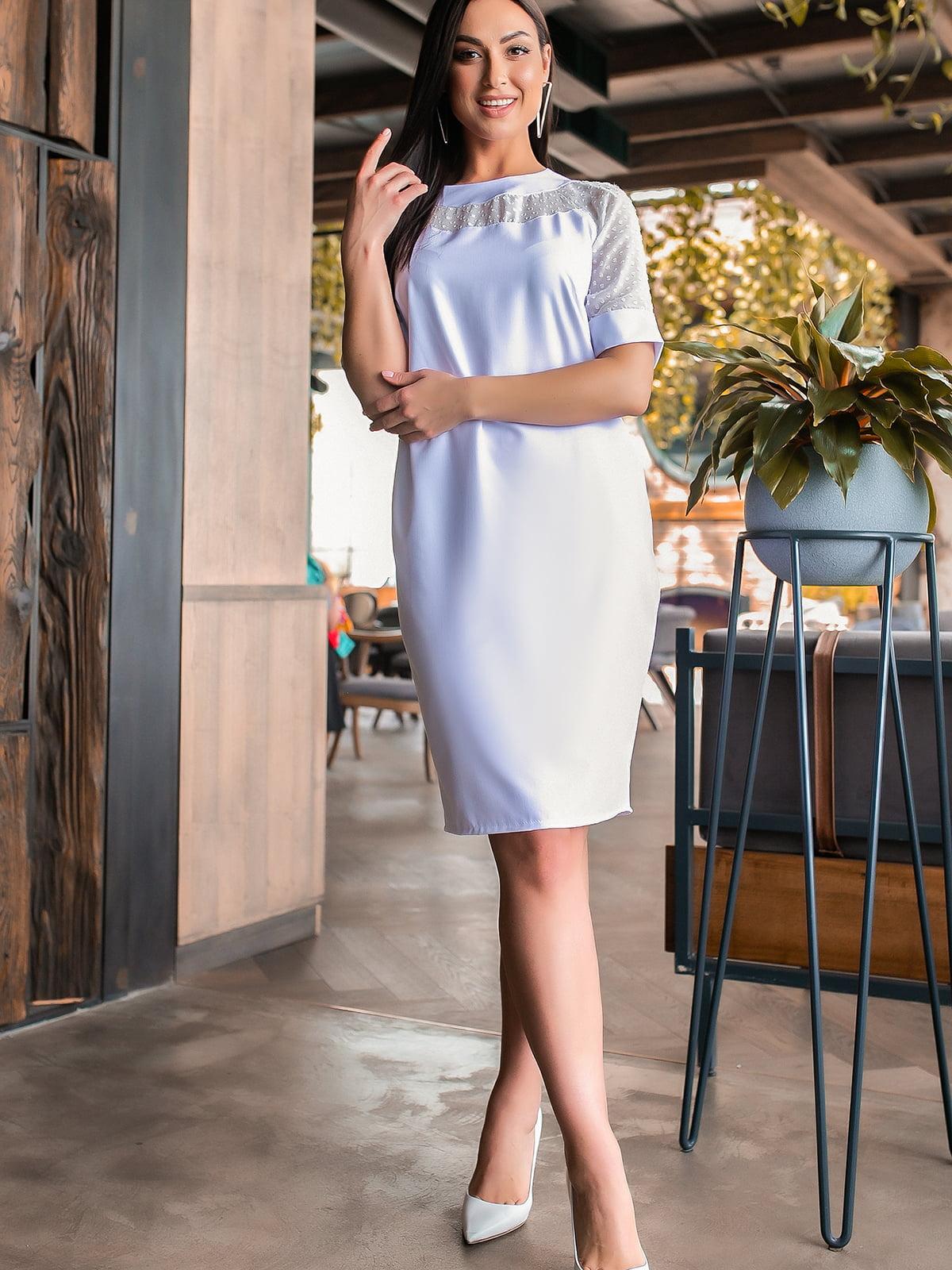 Платье белого цвета | 5445333