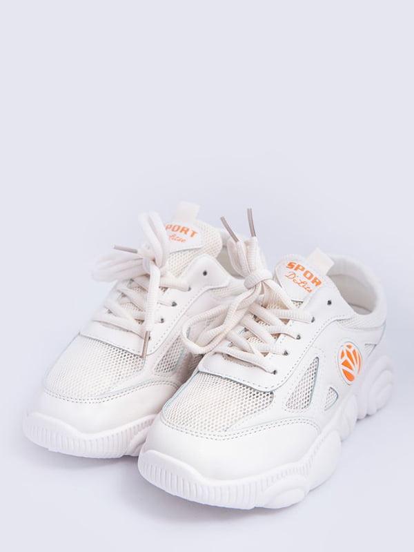 Кроссовки молочно-оранжевого цвета с логотипом | 5456565