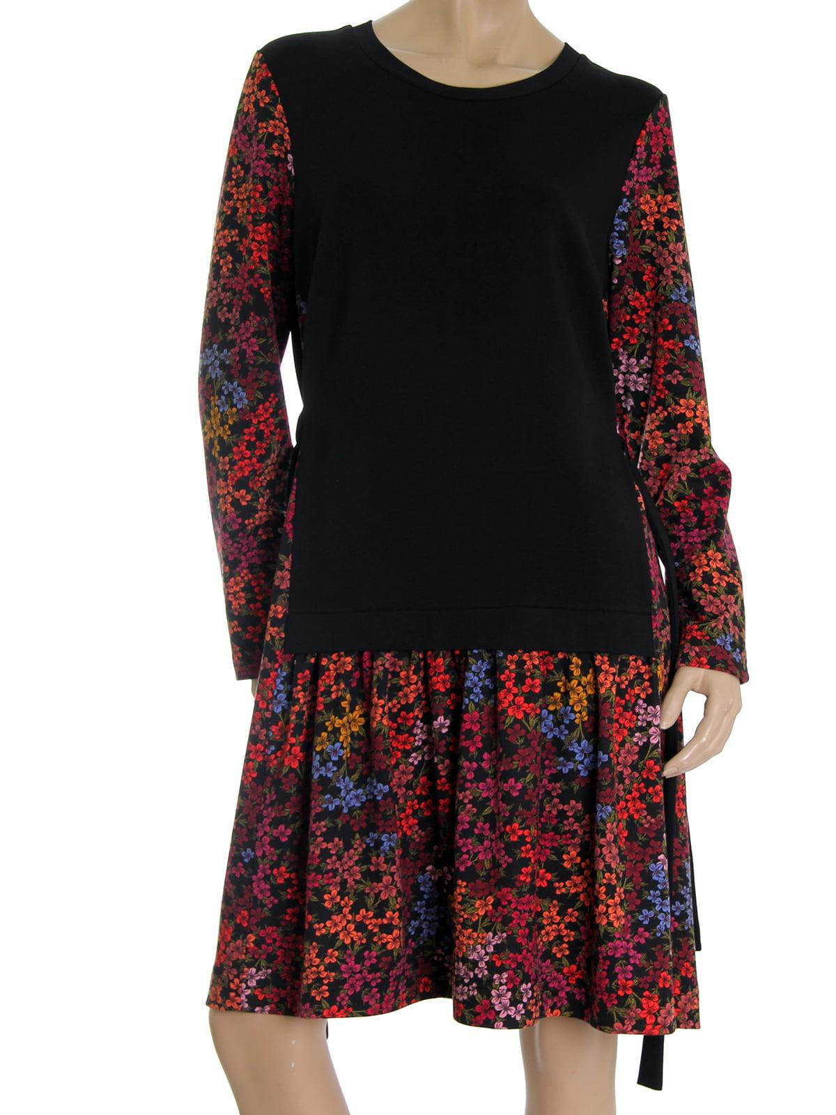 Платье черное с цветочным принтом | 5525432