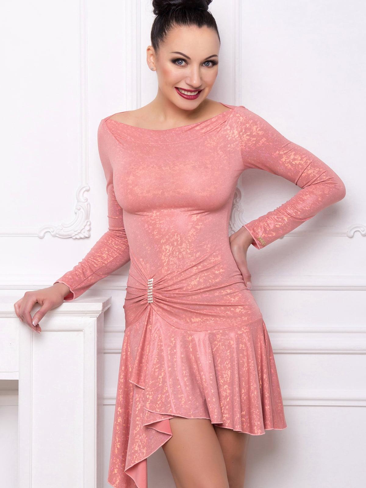 Сукня персикового кольору з однотонним візерунком | 5530176