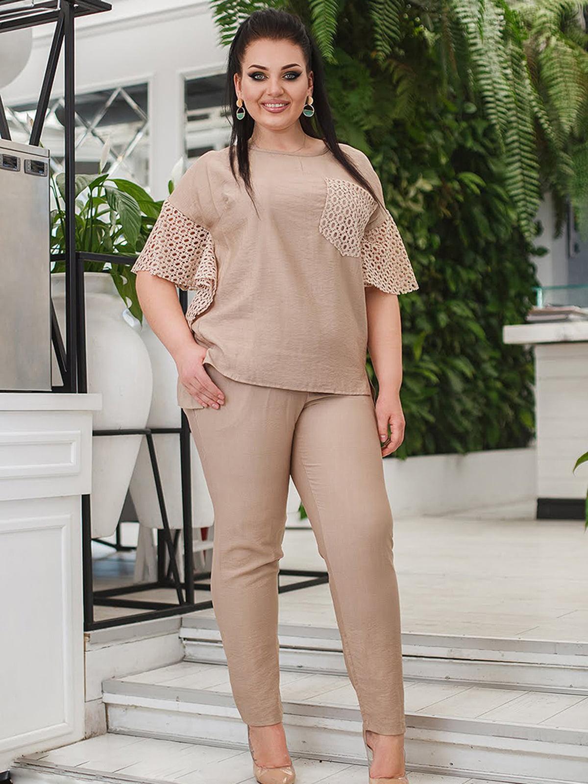 Костюм: блуза и брюки   5564445