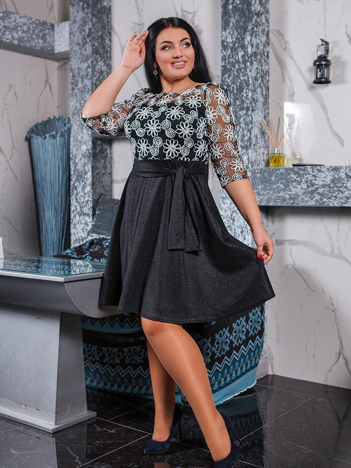 Платье черно-белое с рисунком | 5564753