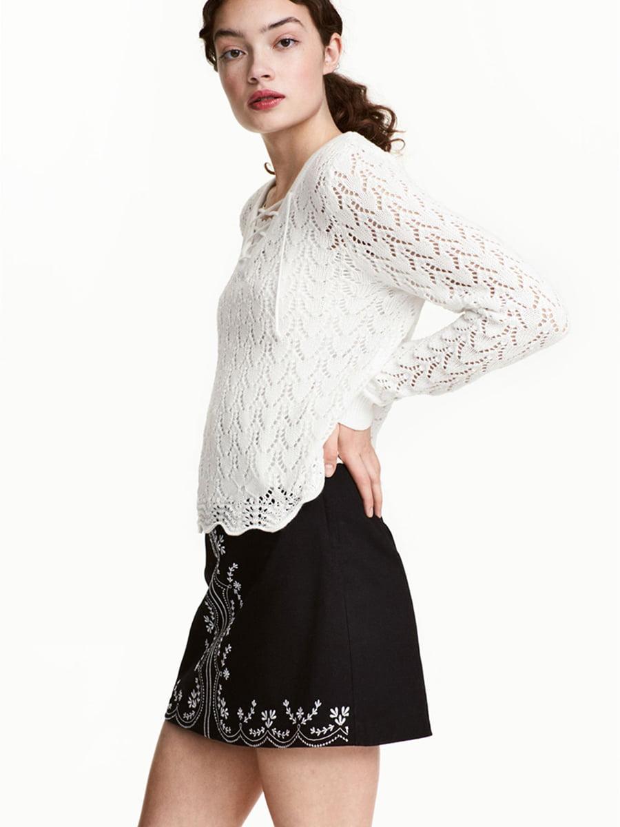 Пуловер белый с узором   5576490