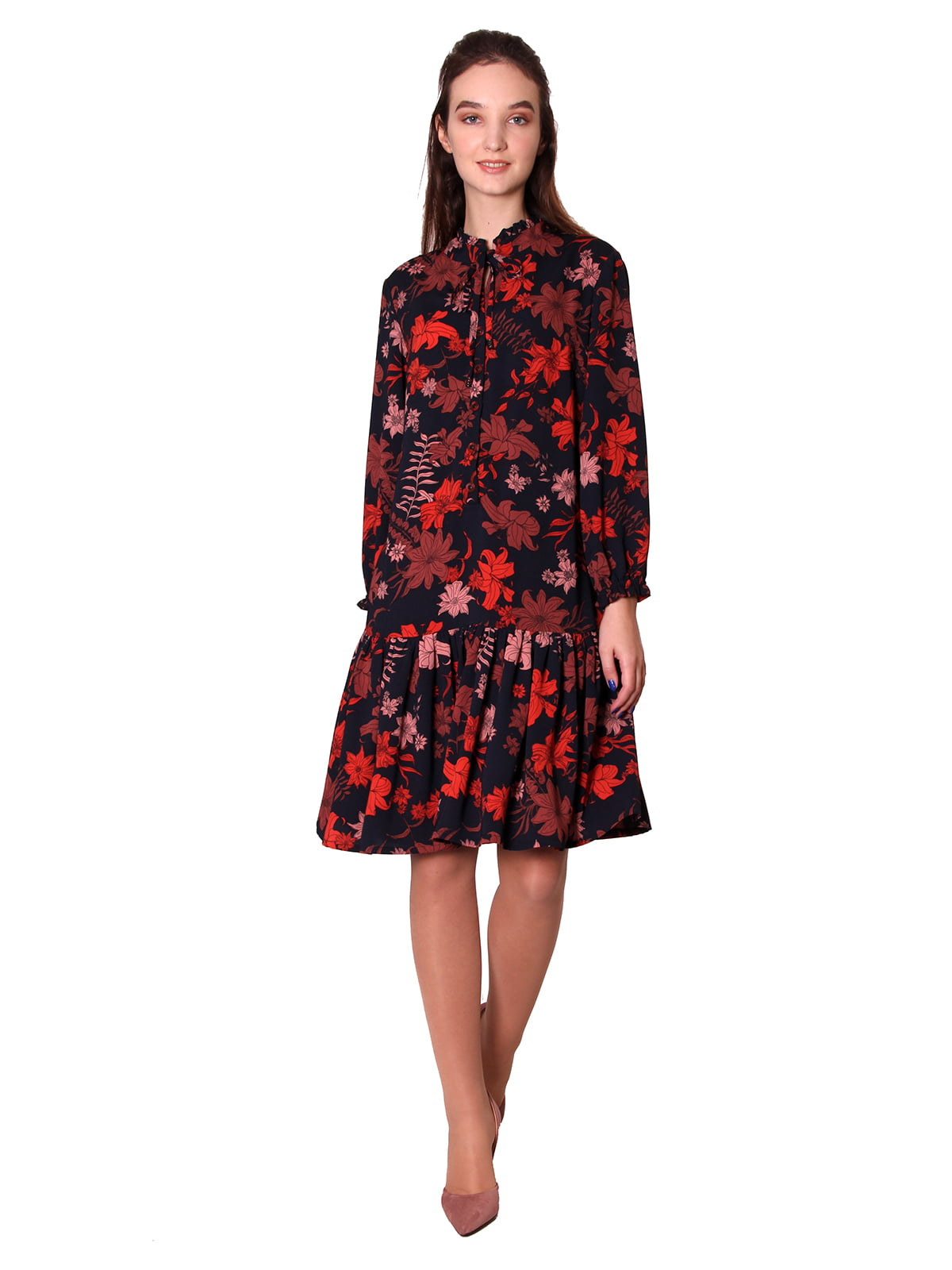 Платье черное в цветочный принт | 5579969