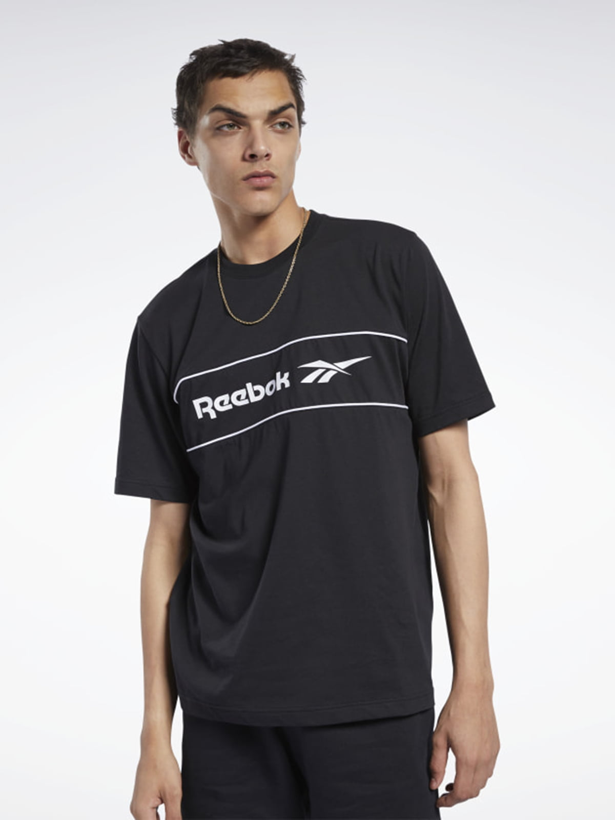 Футболка черная с логотипом | 5592278
