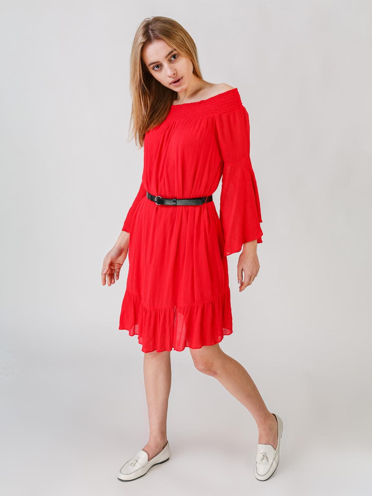 Сукня червоного кольору   5609616