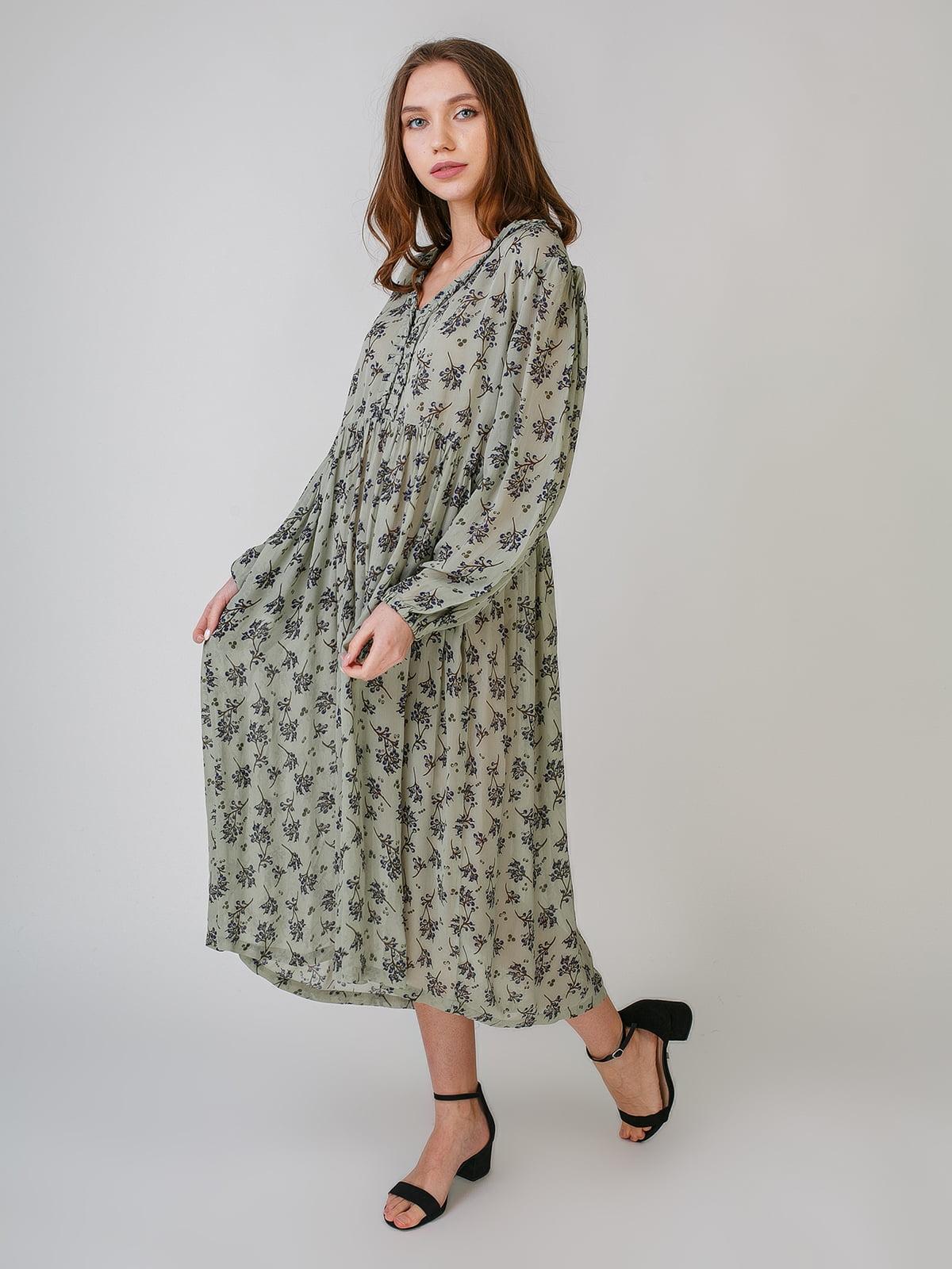 Платье цвета хаки с цветочным принтом | 5609414